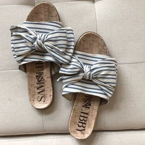 Blue and white, bow sandal